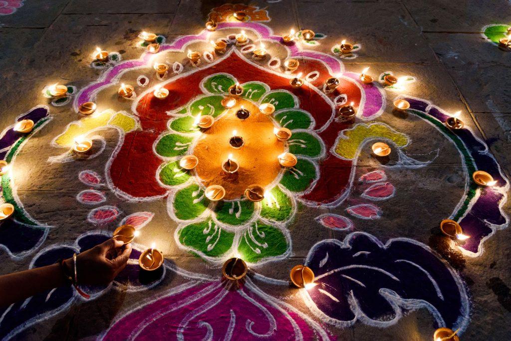 दीपावली दीपों का त्यौहार Dipawali Festival